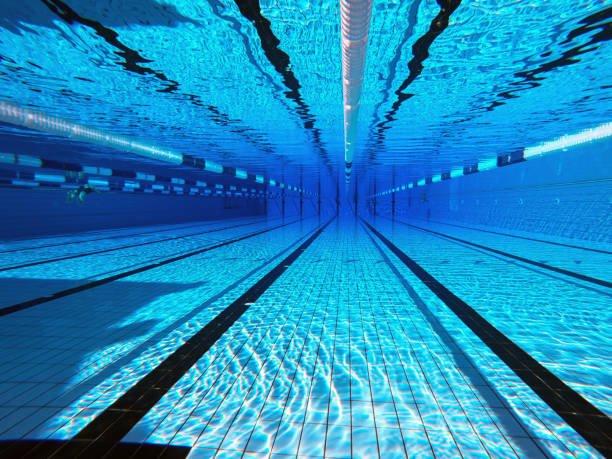 amanda-piscina-cover